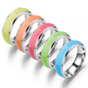 δαχτυλίδια που φωσφορίζουν χρώματα